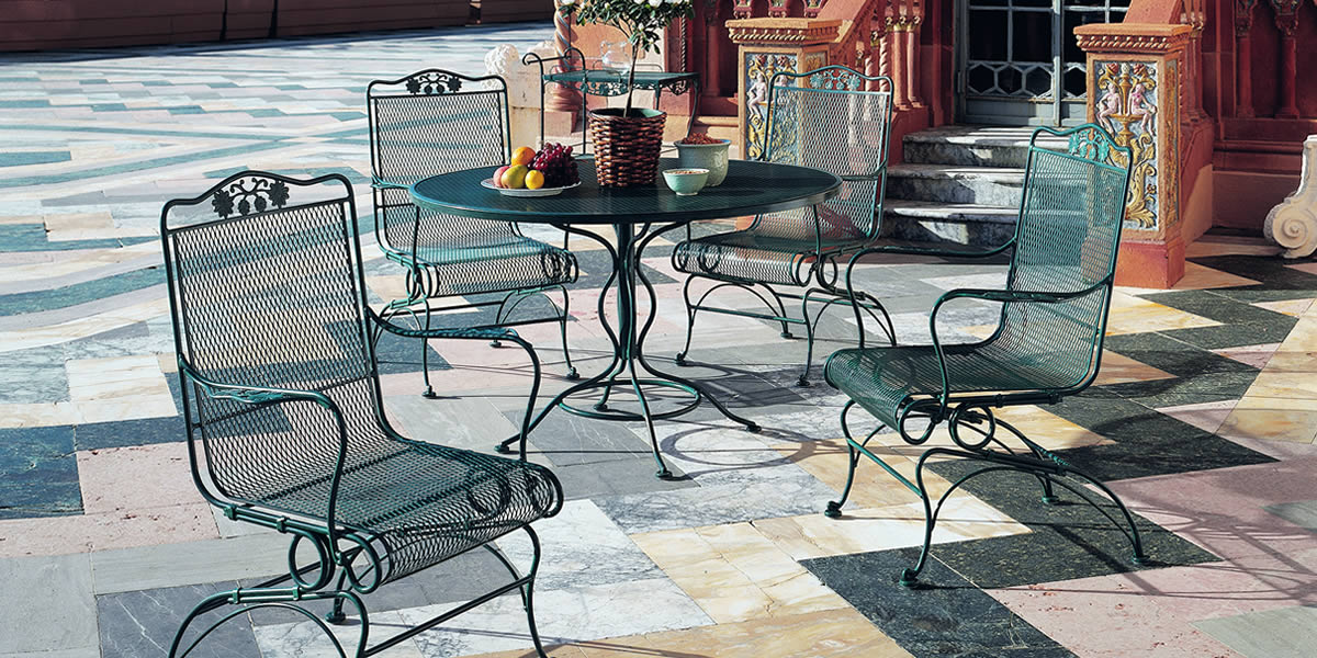 Woodard Briarwood  Wrought Iron Furniture